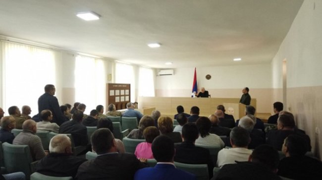 Artsakh president holds working consultation with Martuni leadership