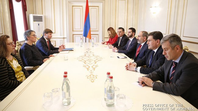 Armenian PM, PACE President discuss issues related to democracy development in Armenia